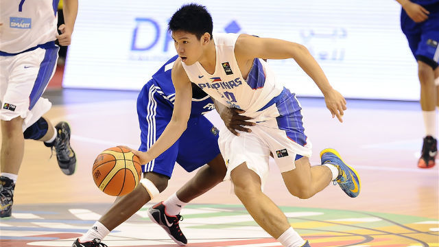 TEAM EFFORT. Jolo Mendoza did not have to score a lot of points as Philippines easily defeats Laos. File photo from FIBA