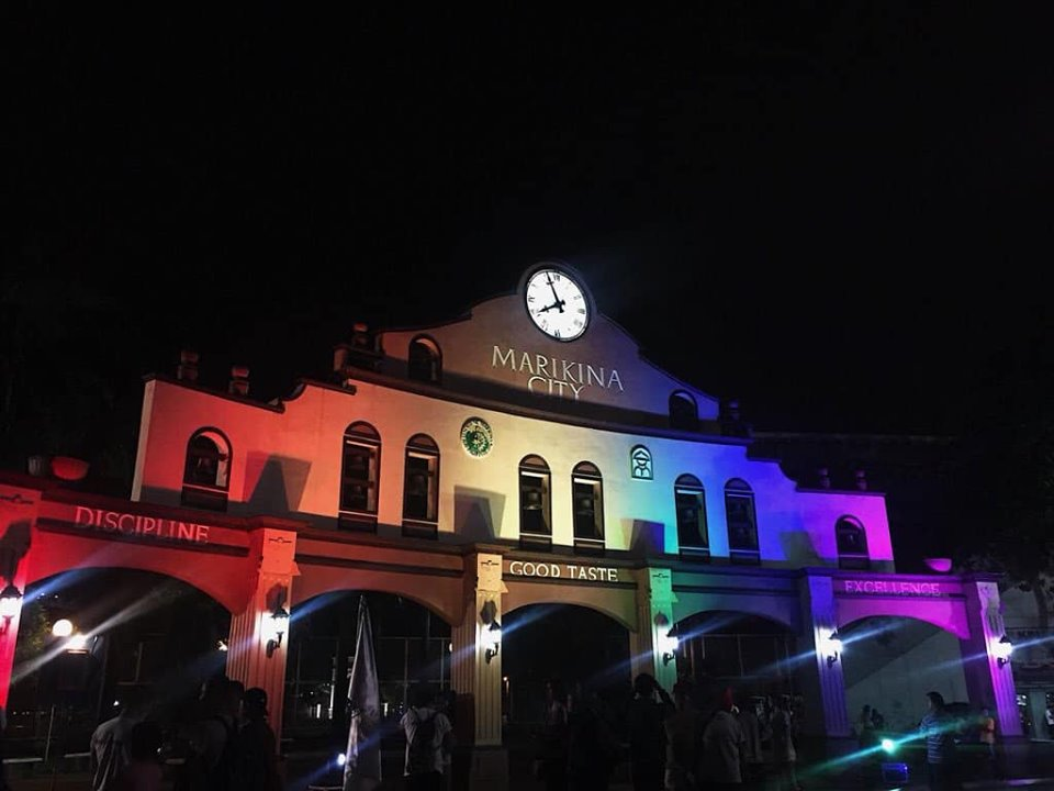 SYMBOLIC. Marikina's Cityhood Park monument lights up with rainbow colors for Pride Month 2019. Photo by MMPride