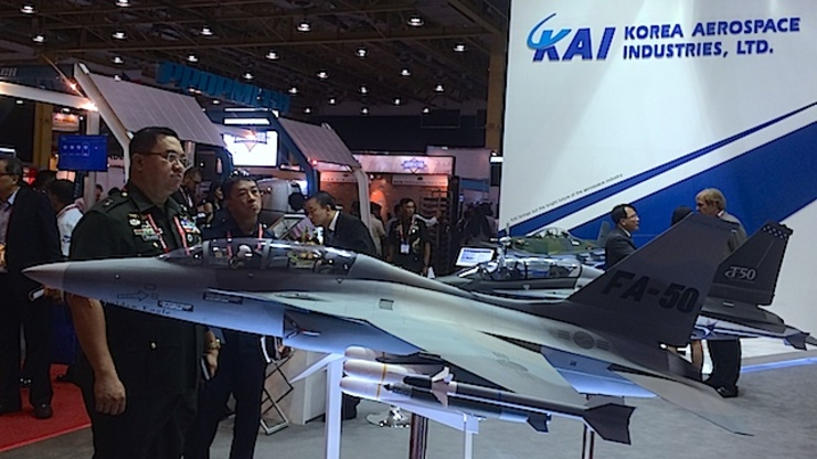 ADAS 2014: A model of the FA-50 at the Asian Defense and Security exhibit in Manila. Rappler photo