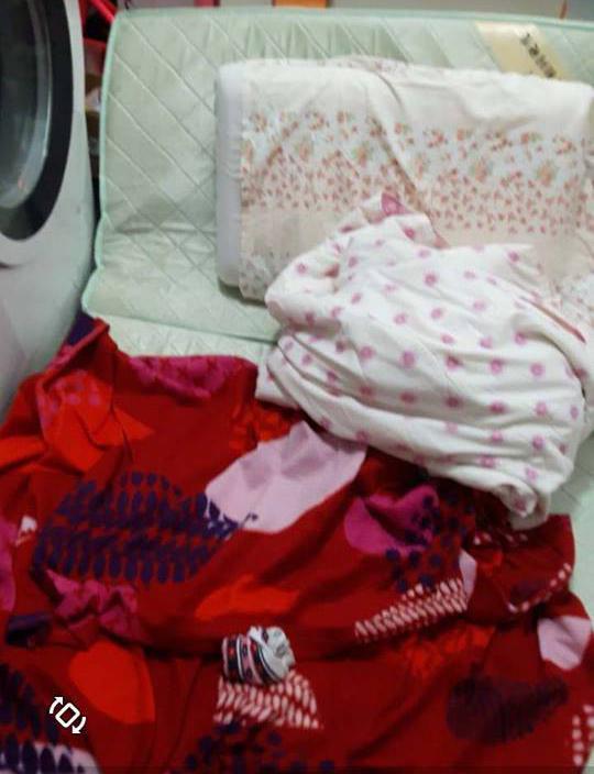 Sa gilid lang ng washing machine naglalatag noon si Sarah, 34, para makaidlip man lang ng 3 oras.