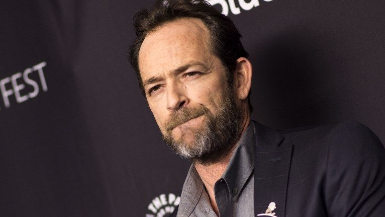 UNDER OBSERVATION. Actor Luke Perry was rushed to the hospital on Wednesday after suffering a stroke. Photo by Valerie Macon/AFP