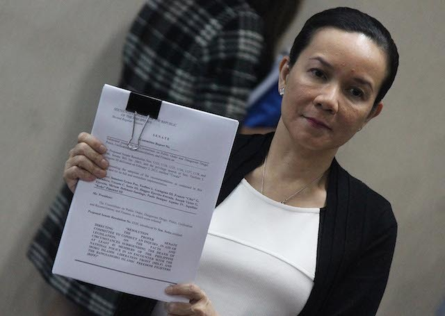 MAMASAPANO REPORT. Senator Grace Poe presents to the media the draft Senate report on the Mamasapano incident on March 17, 2015. Photo by Joel Leporada/Rappler