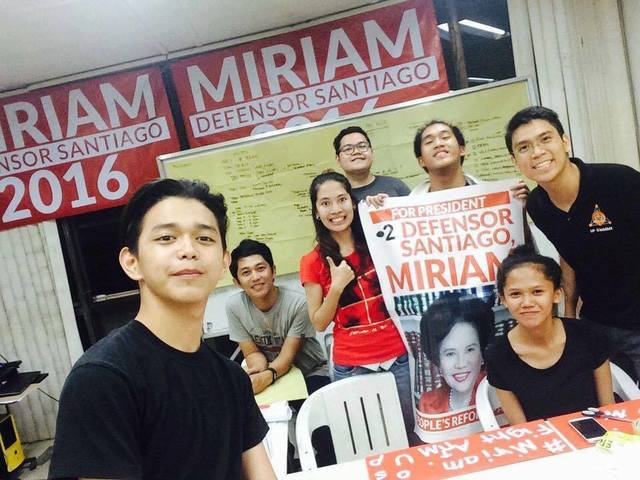 HQ. Youth for Miriam volunteers at their headquarters in West Avenue, Quezon City. Photo from Youth for Miriam