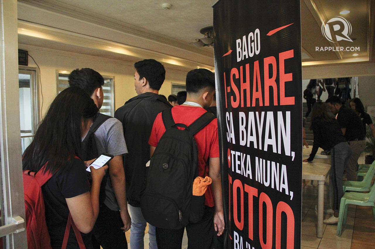 SOCIAL GOOD. At least 300 campus journalists, student organization leaders, school paper advisers, and other stakeholders  attend #MoveCavite: Social Good in the Digital Age Forum at the De La Salle University on March 12, 2019. Photo by Jose Villaroel