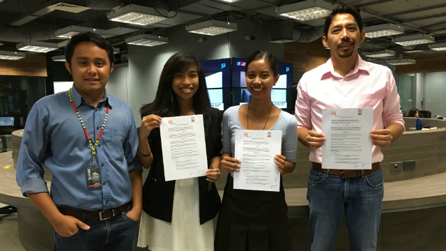 FOR EDUCATION. (L-R) MovePH community manager David Lozada, Project PEARLS writer Karen Bublañes, Project PEARLS administrator Monica Aclan, and MovePH executive director Rupert Ambil ink their partnership on September 13, 2016 at the Rappler headquarters. Photo by Jeff Digma/Rappler