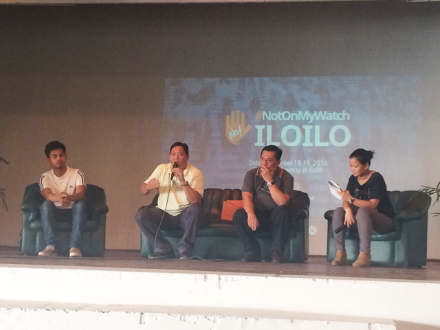 FIGHTING CORRUPTION. JC Alejandro of Kabataan party list, JJ Cordova of the Jaro Archdiocese Social Action Center, and Rex Donasco of the Association of Stall Owners and Transient Vendors share their anti-corruption efforts during the #NotOnMyWatch forum at the PHINMA University of Iloilo on November 19, 2016. Michael Bueza/Rappler