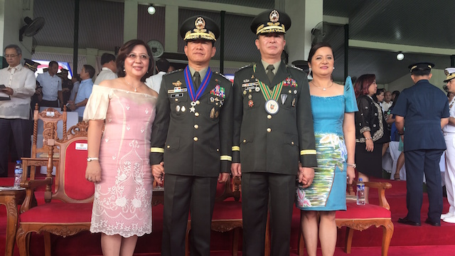 MISTAHS. AFP chief Lieutenant General Eduardo Año and Army chief Lieutenant General Glorioso Miranda are classmates at the PMA Matikas Class of 1983