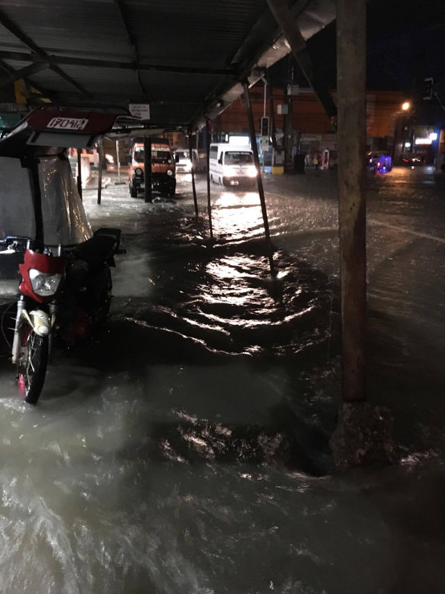 BACOLOD FLOODS. Photo by Patrick de Leon from Facebook.