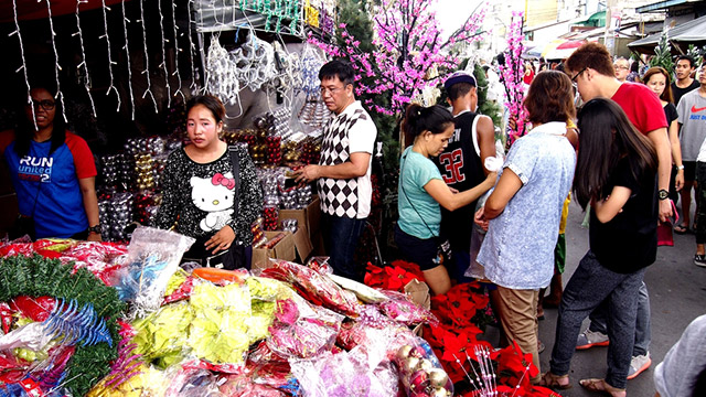 BUOYANT. Consumer demand this Christmas season, steady flows of cash remittances from overseas Filipinos, and election-related spending buoy business sentiment in the fourth quarter, the central bank's Business Expectations Survey shows.
