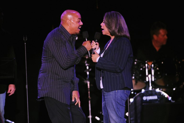 R & B MOMENT. In this file photo taken on April 22, 2008, singers James Ingram and Patti Austin perform onstage at the ASCAP Pied Piper award celebration in honor of Quincy Jones at the Nokia Theatre in New York City. Ingram, a Grammy winner known for his soulful R&B hits, has died, his friend and colleague said on January 29, 2019. He was 66 years old. Photo by Brad Barket / GETTY IMAGES NORTH AMERICA / AFP