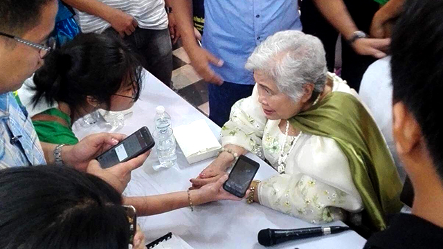 CLEARED. Secretary Leonor Briones clarified in front of campus journalists and teachers that there was no  exclusivity nor money involved during its six years of partnering with Rappler. Photo by Hans Ray De Guzman/Central Visayas