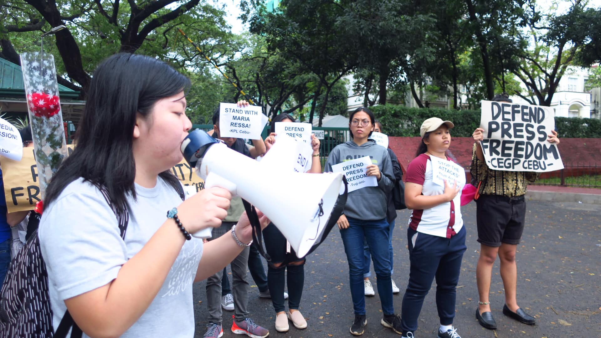 STOP THE ATTACKS. CEGP Cebu holds a protest action at the UP Cebu entrance gate to urge people to stand with Maria Ressa on February 14, 2019. Photo from CEGP Cebu