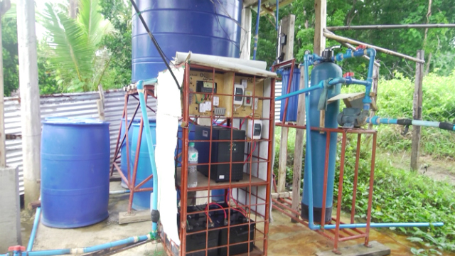 SOLAR POWERED. The water filtration system is operated using solar panels. Photo by David Lozada/ Rappler