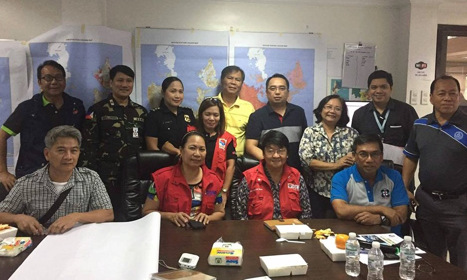 NDRRMC ON RED ALERT. Representatives of the Disaster Risk Reduction and Management Council (NDRRMC) member agencies led by Social Welfare Sec Judy Taguiwalo hold an emergency meeting to discuss their disaster response plan on Saturday, February 11, a day after the magnitude 6.7 earthquake  hit Mindanao. Photo courtesy of DSWD