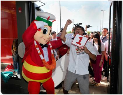 LOOK: Jollibee opens store in Guam