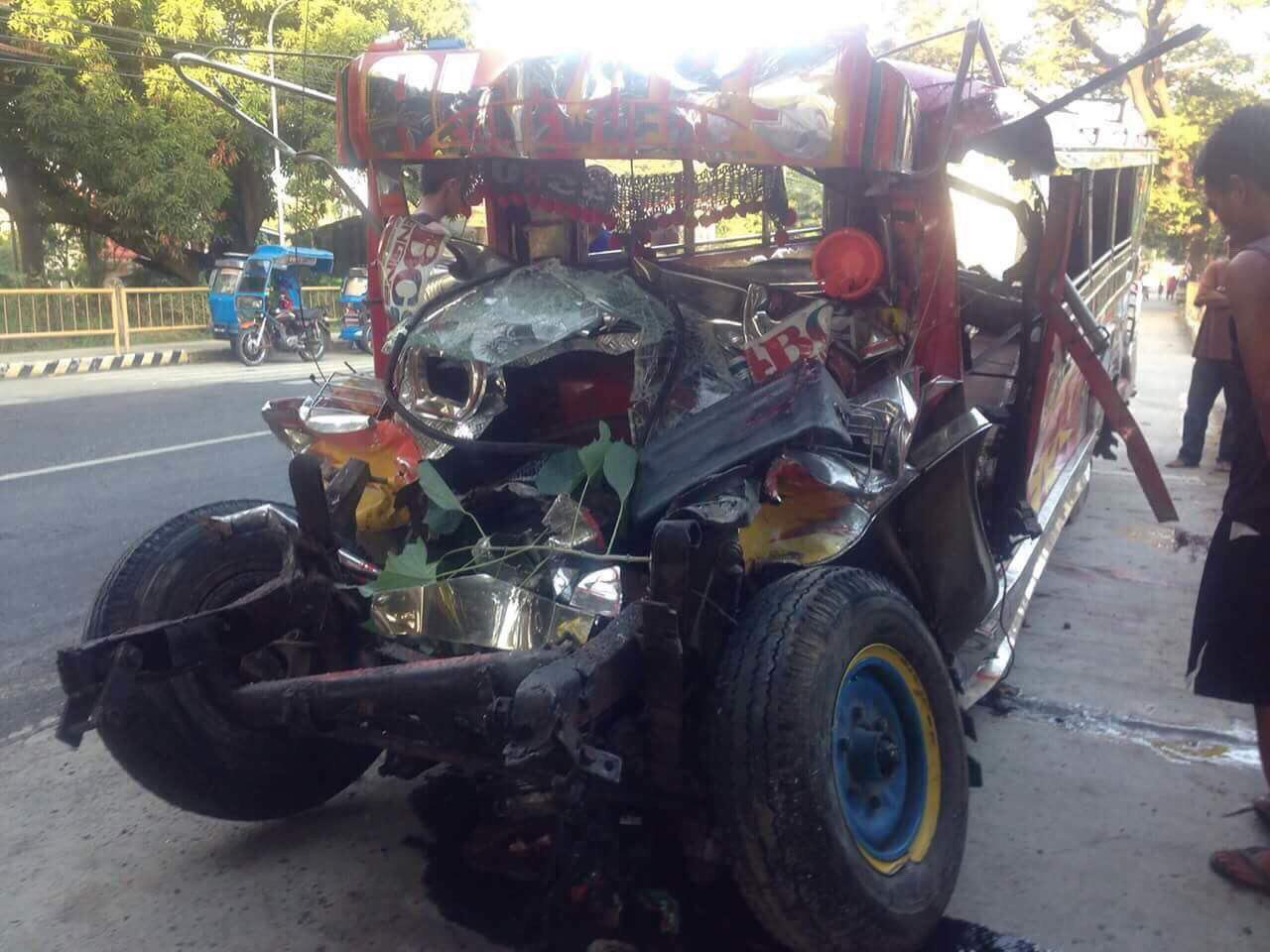 CHRISTMAS CRASH. A jeepney ran straight against a bus in Agoo, La Union. Photo from LTFRB