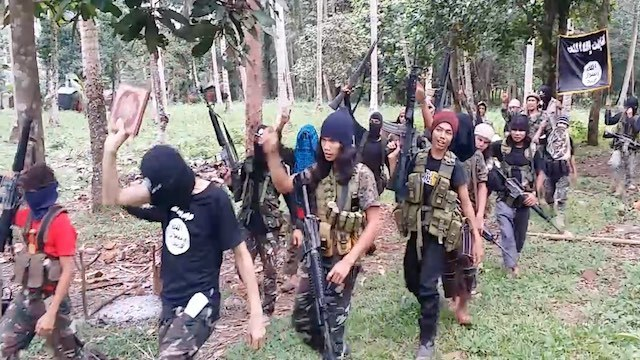 ISIS SUPPORTERS. ISIS-inspired Philippine militants show their support for the group.