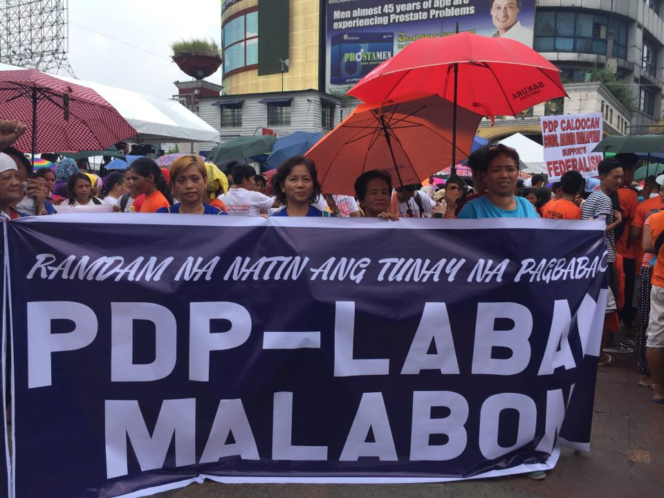 DELEGATION. Supporters of President Rodrigo Duterte join the September 21 mobilization at Plaza Miranda