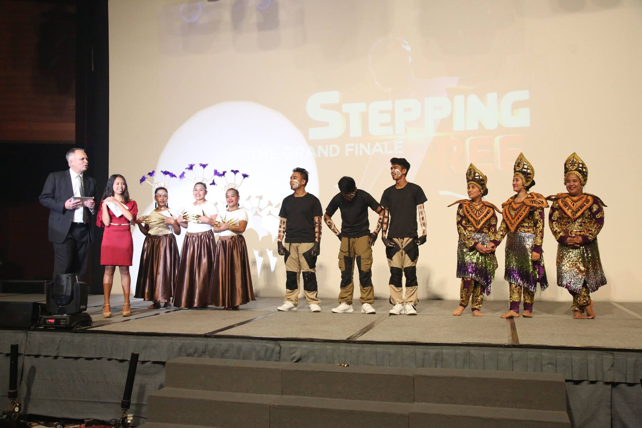 FINALISTS. Sutherland with the 3 groups that competed in the finals of 'Stepping Free' dance competition held in the 23 provinces served by ICM. Photo courtesy of Daisy C.L Mandap