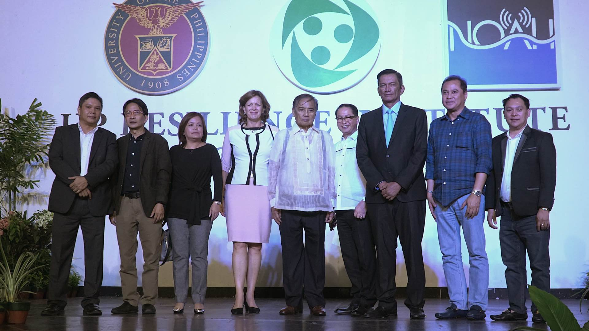 UP NOAH. UP Resilience Institute executive director Mahar Lagmay (1st from L) and UP President Danilo Concepcion (4th from R) welcome disaster risk reduction champions during the relaunch of the institute, Project NOAH's new home, on June 21, 2017. Photo by Vee Salazar/Rappler