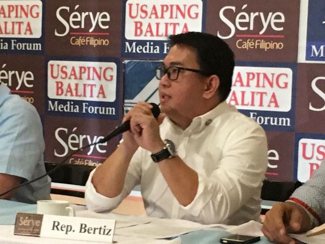 OFW ADVOCATE. ACTS-OFW Representative John Bertiz wants the government to do all that it can to help stranded OFWs in Saudi Arabia. Photo by Mara Cepeda/Rappler