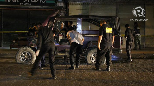 BLAST. An improvised explosive device (IED) explodes near the Cotabato City plaza at around 8:30 p.m., Tuesday, August 19. Photo by Rappler