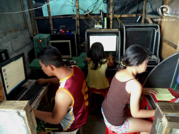 MILLENNIAL. Despite the country's economic growth, poverty incidence among PH youth remains static. File photo by Fritzie Rodriguez/Rappler