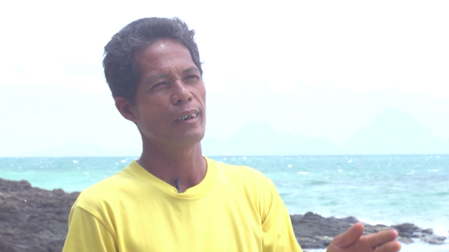 PROBLEM SOLVED. Bayas Maliog-liog Small Fisherfolk Association president Robert Barlas says the artificial reefs solved their town's problem with fish supply. Photo by David Lozada/ Rappler