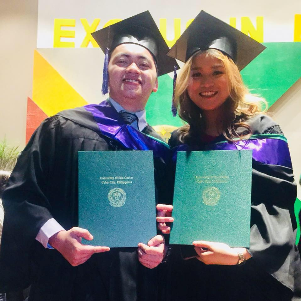 COUPLE GOALS. Michael Calzado and Charmaine Tan graduate together from University of San Carlos Law School on April 2018. Photo from Michael Calzado's Facebook page