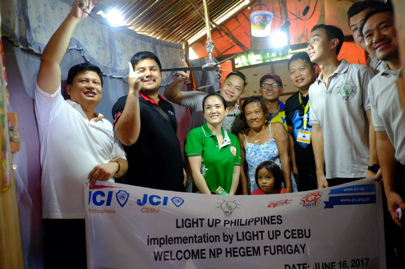 SYMBOLIC. More than providing physical light to household, Light Up Philippines also hope to help provide a brighter future for the children beneficiaries. All photos from JCI Cebu
