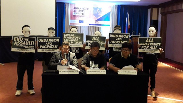 KILLINGS. Human rights advocates call for the stop of human rights abuses in the region. Photo by Ryan Macasero/Rappler