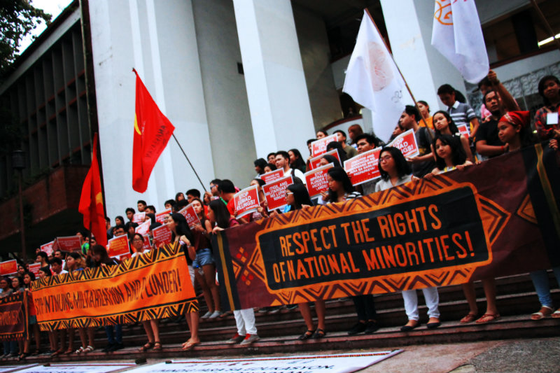 PROTEST. Students from the University of the Philippines - Diliman hold a protest against violent US Embassy dispersal. Photo by Gabriel Sante