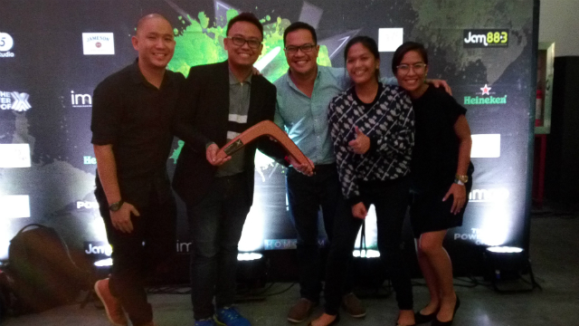 BOOMERANG AWARDS. (L-R) LoveYourself volunteers Paul Junio and Kurt Silvano, MovePH editor Voltaire Tupaz, and Rappler's strategy team members Krista Garcia and Mia Gaviola receive the Bronze trophy for the digital campaign #StayNegatHIVe at the Boomerangs on October 12, 2016