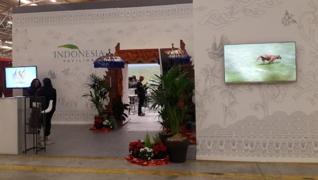 COP 21. Paviliun Indonesia di COP 21 andalkan TV Plasma dan dinding LCD. Foto oleh Uni Lubis/Rappler.com