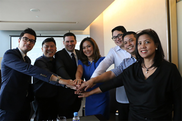 From left to right: Pepe Torres, Head of Strategic Marketing of BDO; Winston Damarillo, Chairman of Amihan Global Strategies, WEF Young Global Leader; Gavin Barfield, Chief Technology Advisor of Meralco; Karen Davila, Broadcast Journalist of ABS-CBN, WEF Young Global Leader; Senator Bam Aquino, WEF Young Global Leader; Francis Oliva, Head of Community Partnerships of PLDT SME; Marivic Segismundo, Director for Sales and Marketing of NEC Philippines