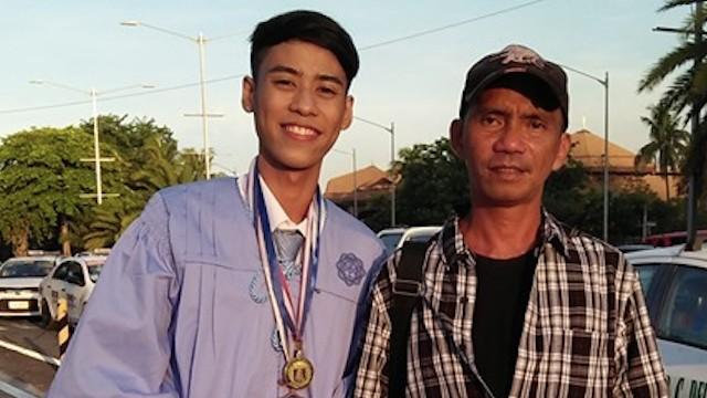 """FATHER AND SON. """"Presensya at pagmamahal mo pa lang, busog na busog na ako,"""" said Ryan. Photo taken from Ryan Russel Reyes' Facebook page"""