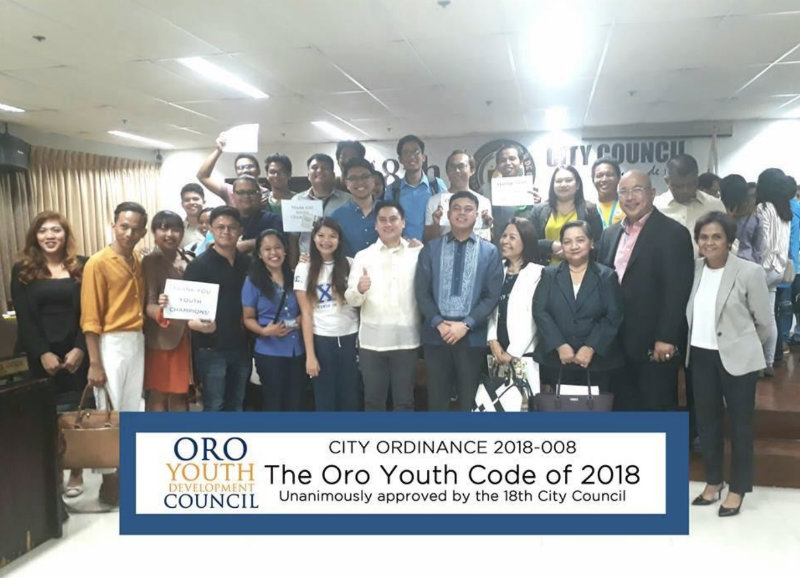 YOUTH POWER. Members of the Oro Youth Development Council pose with CDO City Vice Mayor Raineir Joaquin Uy (center in blue barong) and members of the 18th City Council after the approval of the Oro Youth Code on January 22, 2018. Photo courtesy of Atty, Ernesto Neri