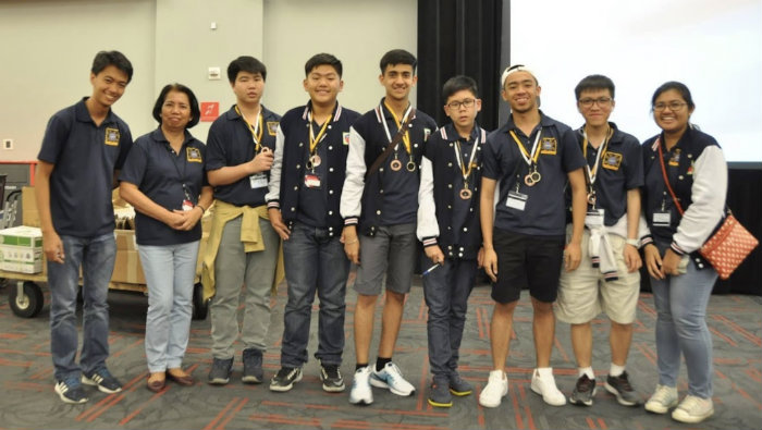 WINNING TEAM. Six out of the 7 Filipino gold medal winners pose for a photo after the  International Regions Mathematics League at the University of Nevada, Las Vegas, where the Philippines placed 3rd. Photo courtesy of the PH team from IRML