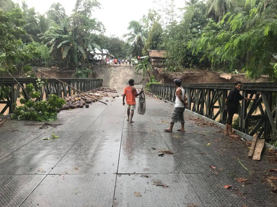 Lanao del Norte in their Facebook page announced that Pinuyak Bridge at Lala, Lanao del Norte is not passable
