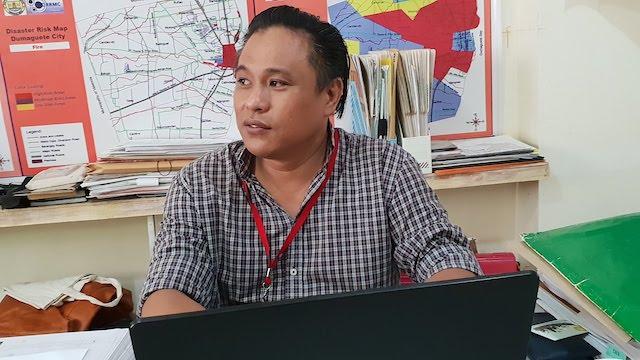 DRRMO CHIEF. Rizal Binatiro at his office. Photo by Rambo Talabong/Rappler