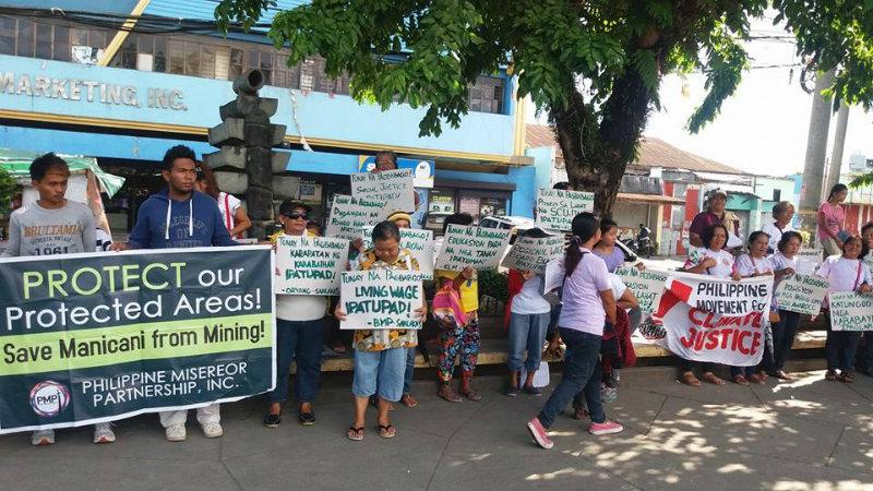 YOLANDA PROBE. Yolanda survivors call on President Rodrigo Duterte to investigate how funds for the rehabilitation of Super Typhoon Yolanda-affected area were used