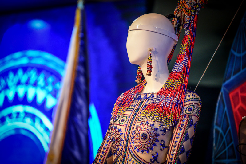 Wearing The Philippines How Catriona Gray S National Costume Went