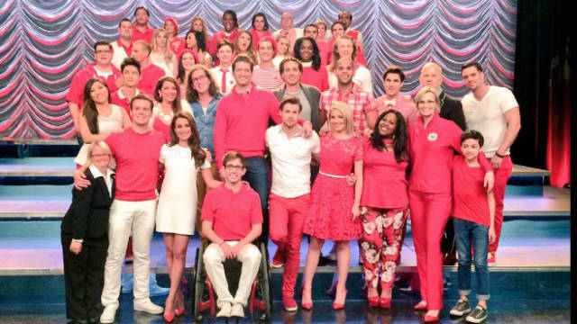 IN PHOTOS: 'Glee' cast says goodbye as show tapes final ...