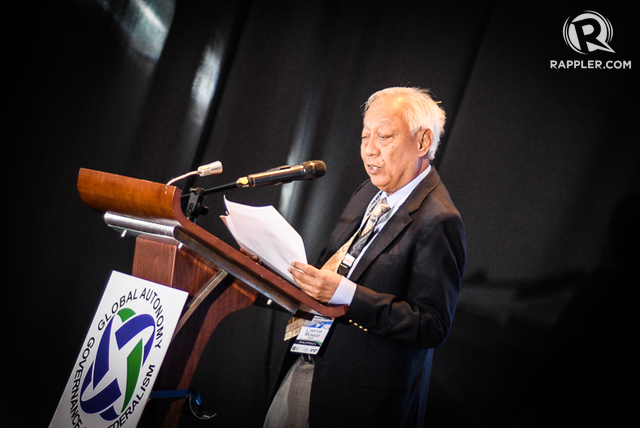 FEDERALISM NOW? Constitutionalist Christian Monsod questions President Rodrigo Duterte's push for a federal form of government during the second day of the Global Autonomy, Governance, and Federalism Forum at Dusit Thani Hotel in Makati City on October 20, 2016. Photo by LeAnne Jazul/Rappler