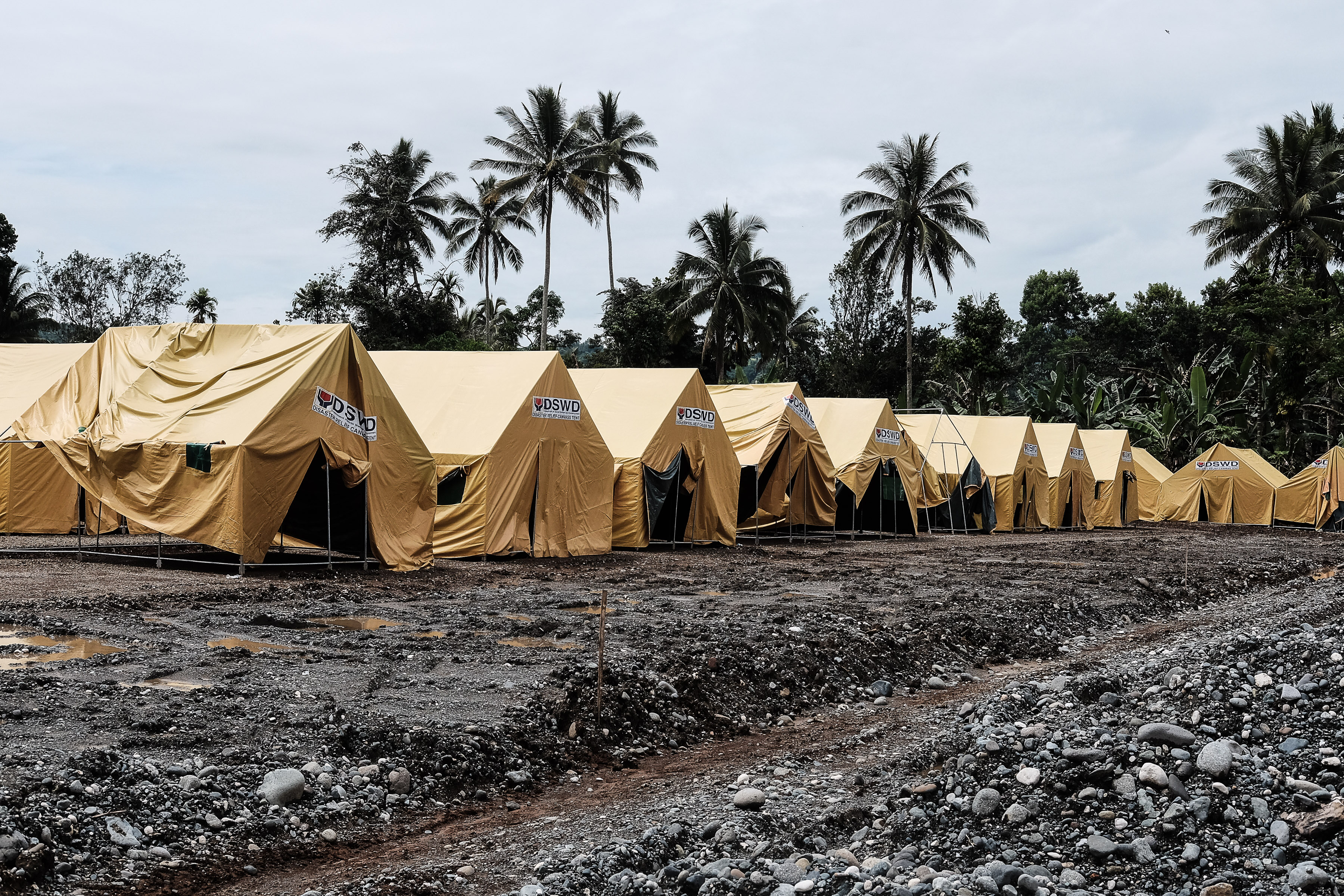 DISPLACEMENT. In this file photo, a row of tents stands in Pantar, Lanao del Norte to accommodate IDPs families displaced by the Marawi conflict. Photo by Bobby Lagsa/Rappler