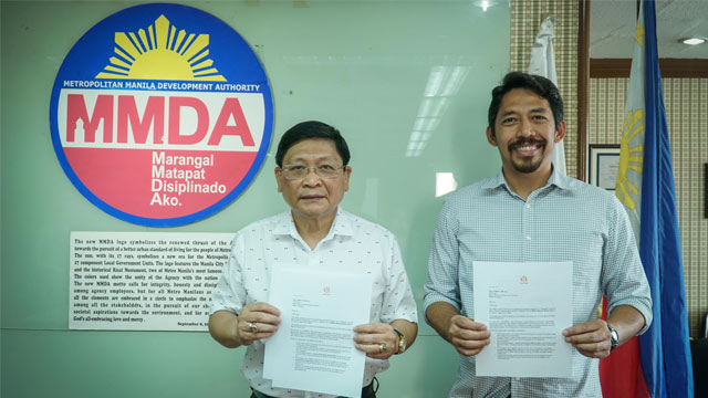 #MMSHAKEDRILL 2017 PARTNERS. MMDA chairman Danilo Lim and MovePH executive director Rupert Ambil signed an agreement on Friday, June 30 to use the Agos system for the Metro Manila Shakedrill that will be conducted from July 14 to 17