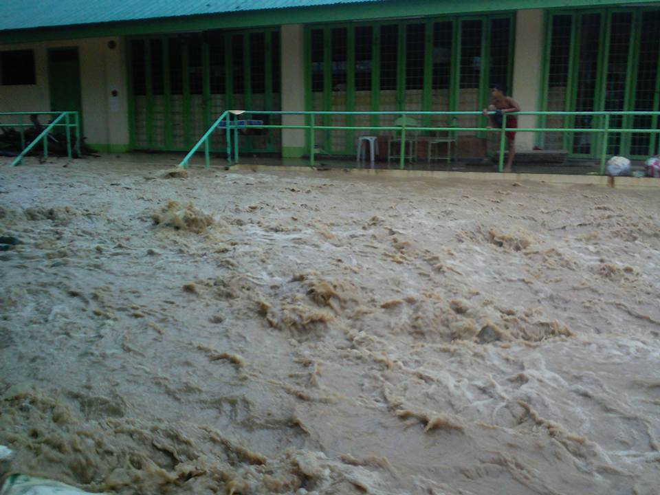 NO CLASSES. One of the hardest hit by the flooding is the Tucdao National High School in Kawayan, Biliran. All photos by Rafael Medalla