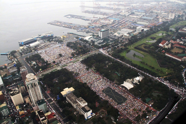 Vatican News... '6 to 7 million' attend Pope Francis Mass in Manila - WATCH Livestream!