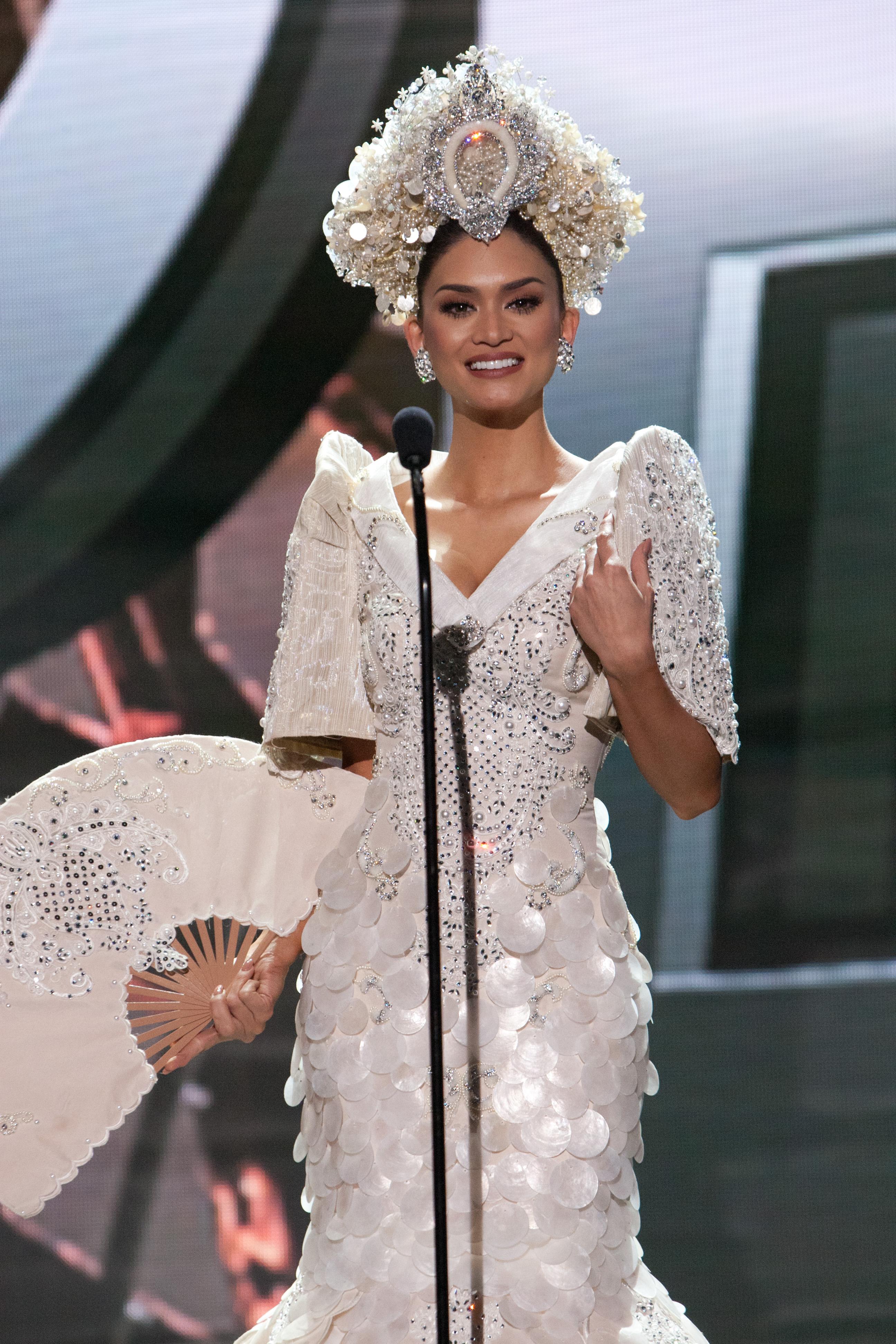 Miss Universe PH 2015 Pia Wurtzbach in Top 5 of final