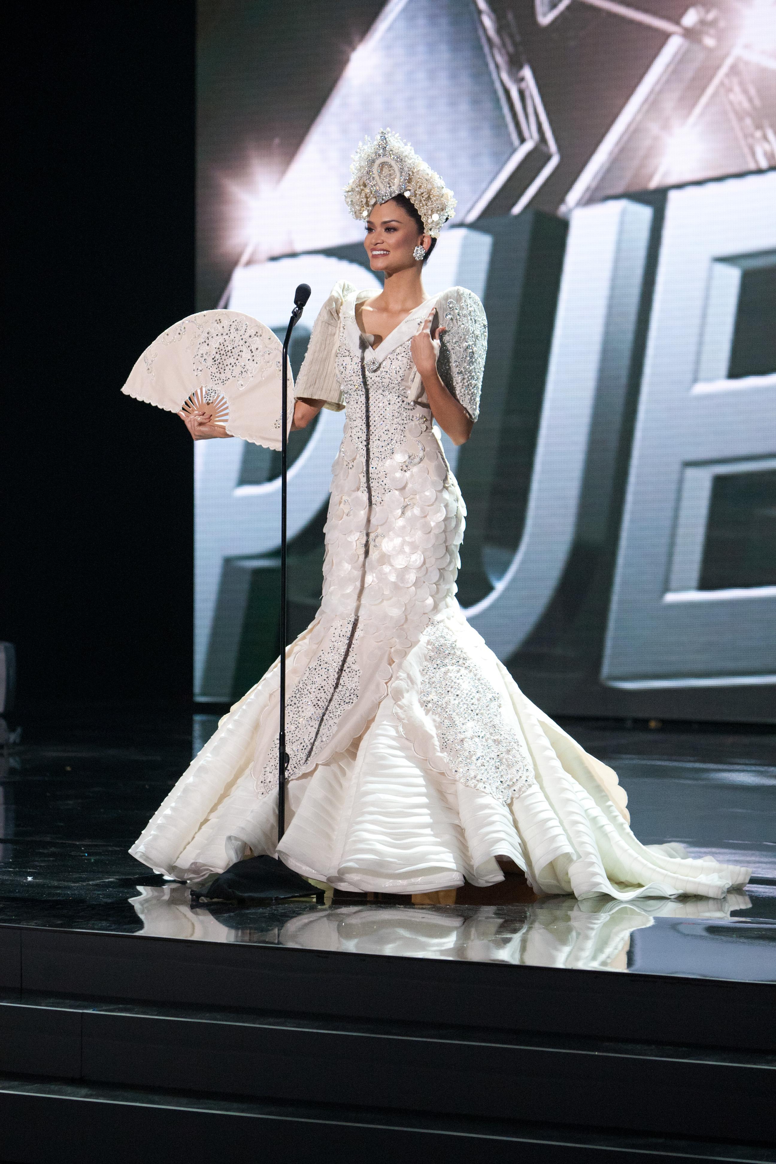 LOOK: Miss Universe PH 2015 Pia Wurtzbach's national costume